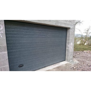 Porte de garage enroulable en aluminium motoris e standard for Porte garage enroulable aluminium